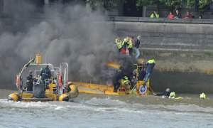 Duck Boat catches fire on the Thames